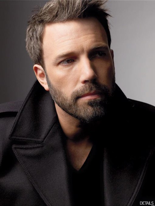 HAPPY BIRTHDAY BEN AFFLECK!!!!!! Love that man bunches!!!