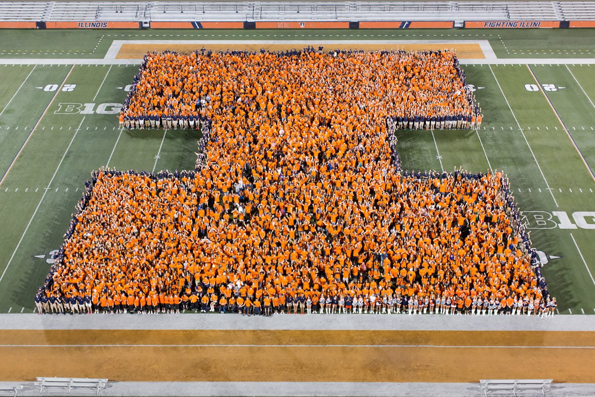 In a little over a week, #ILLINOIS2022 will be taking part in this #ILLINOISwelcome tradition.  We're ready. 🔶🔷 https://t.co/YQhyc9oWUC