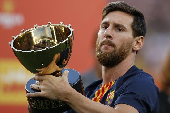 @BroadcastImagem: Messi e brasileiros marcam em vitória por 3 a 0 do Barcelona contra Boca Juniors. Manu Fernandes/AP