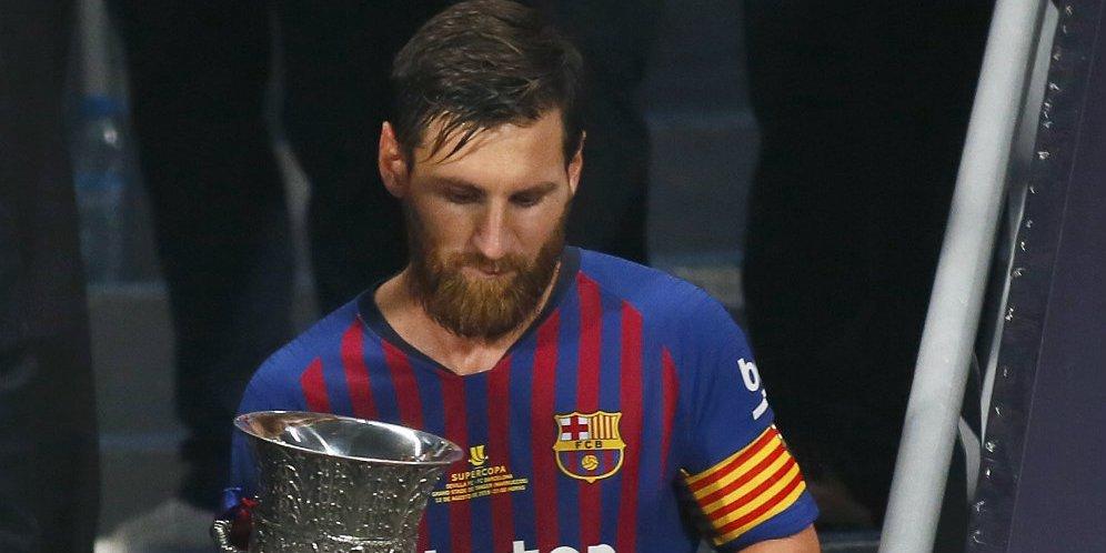 RT @Bolanet: https://t.co/ZI8tfjJg7g - Belajar dari yang Terbaik, Messi Bangga Jadi Kapten Barca https://t.co/khK5ylhivi