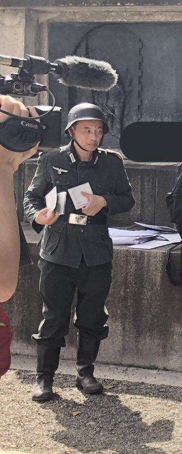 【悲報】靖国神社でナチス軍のコスプレをしたおっさんが「ハイルヒトラー!」と絶叫  [324064431]YouTube動画>6本 ->画像>143枚
