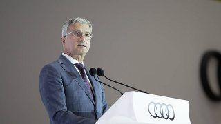 Auto:Audi> Rupert Stadler restera en détention après avoir vu son - https://t.co/QRlfQDVK0Z #Autos https://t.co/S5qd12oRtD