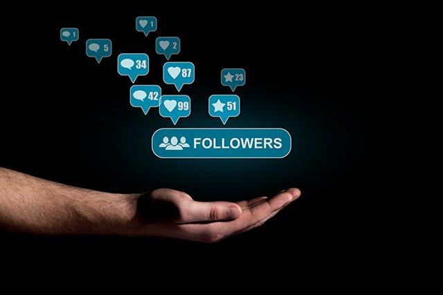 10 Vital Tips for Building a Loyal Blog Following https://t.co/jl6fjbjK7D #followers #content #blogging #twittertips https://t.co/jiJskbUufR