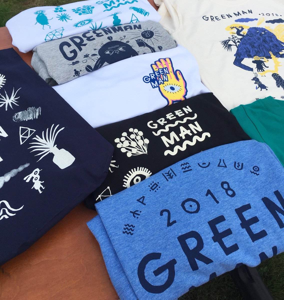 RT @GreenManFest: Tees, totes, patches & more! Swing by the merch store for Green Man garms a plenty ???????? https://t.co/UChHcFUnXD