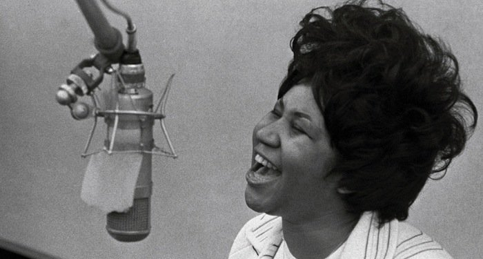 RT @JohnStamos: She was music. Soul, grace and respect! #ArethaFranklin #Musicares2008 #RIP https://t.co/74qBbch99a