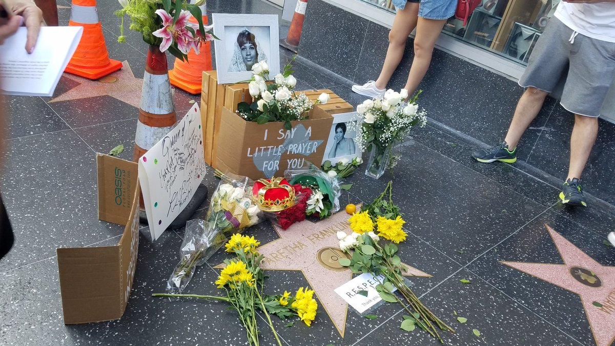 test Twitter Media - #ArethaFranklin star on #Hollywood Walk of Fame covered with flowers, pictures, and quotes after he death this morning @KTLA https://t.co/6sEvLnkMLr