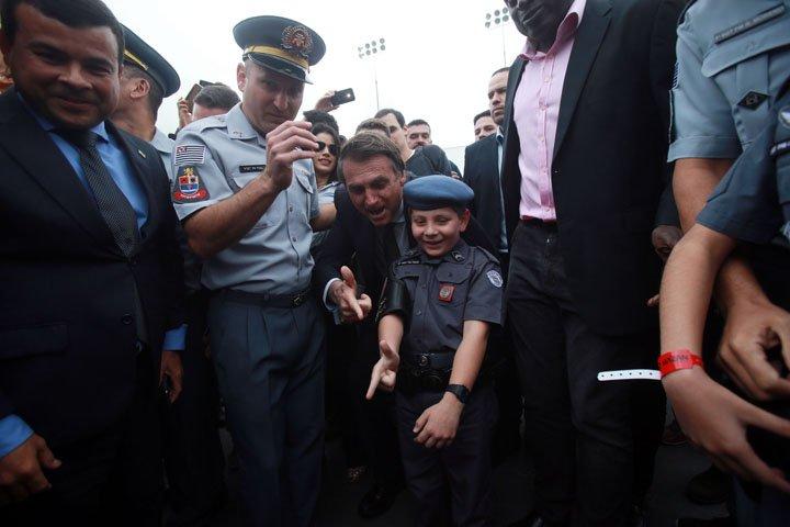 @BroadcastImagem: Bolsonaro participa de formatura de sargentos da Polícia Militar de SP, no Anhembi. Werther Santana/Estadão