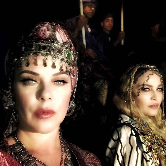 If looks could kill..........with my ride or die! ????????????@debimazar #Marrakesh #morocco #magic #birthday ????????♥️ https://t.co/NG6wpP3kxg