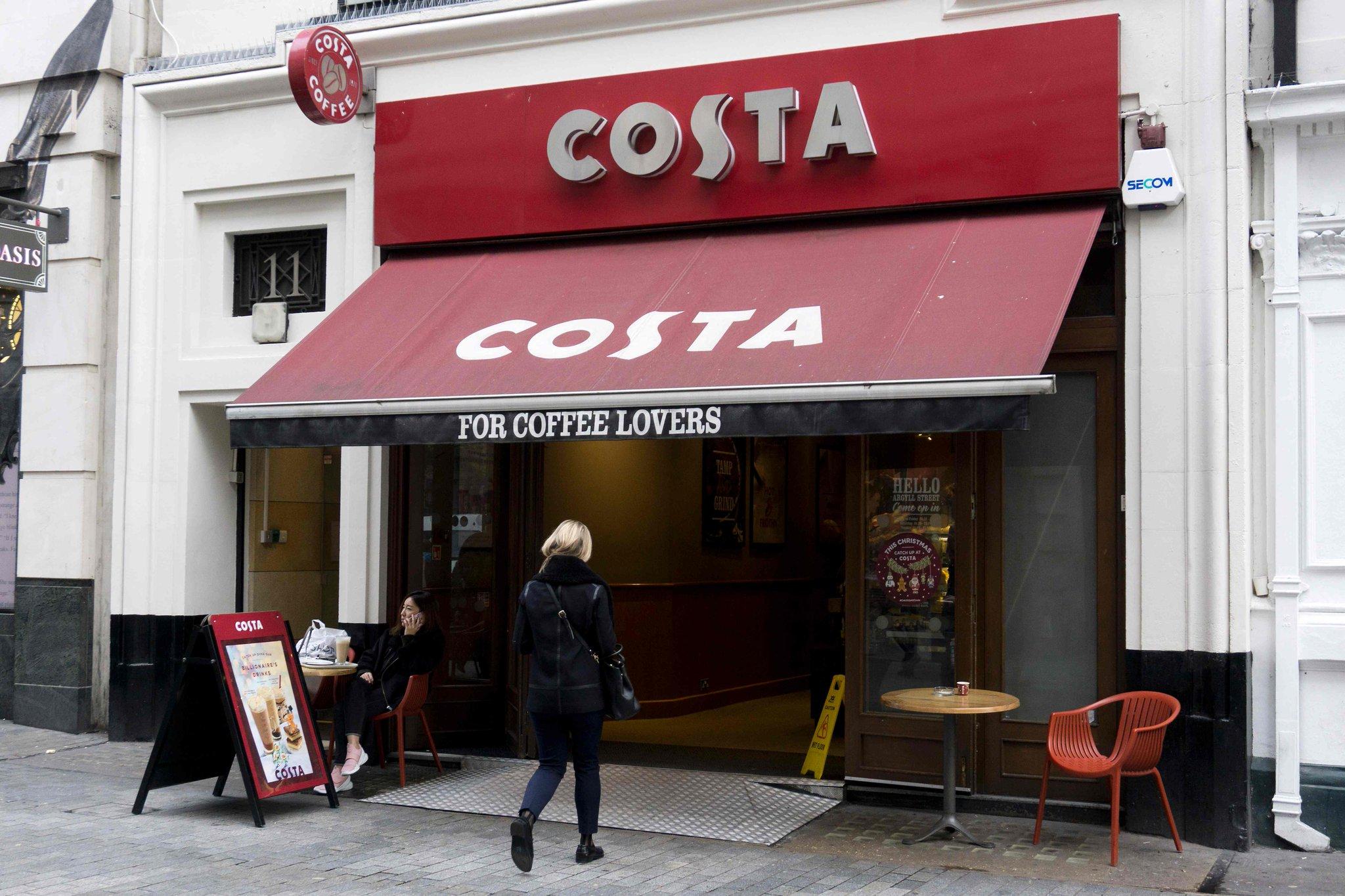 | @Economia_pl | El gigante estadounidense Coca-Cola hará una espectacular entrada en el mercado de la venta de café, desembolsando US$5,100 millones, para comprar la cadena británica Costa, una de las mayores del mundo. https://t.co/awPp7mReF0