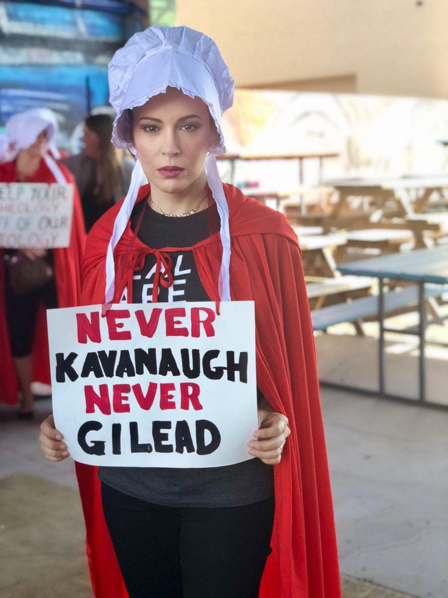#RiseUpForRoe #WeAreNotProperty #StopKavanaugh https://t.co/dBvywg8ECm
