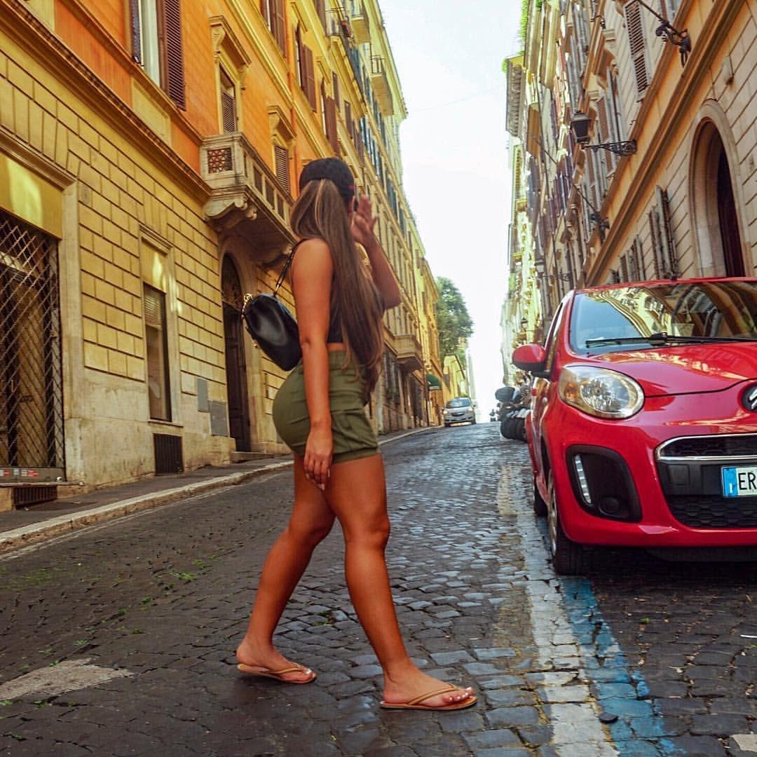 2 pic. Italy 😘 g7EOTSIarc