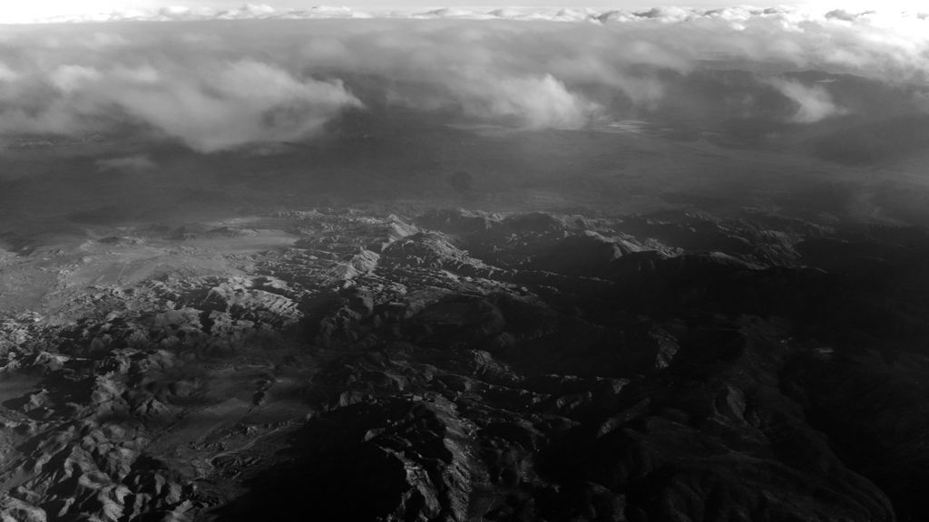 Airplane window view: https://t.co/eZZXKfGNMn https://t.co/NQKatE0wRo