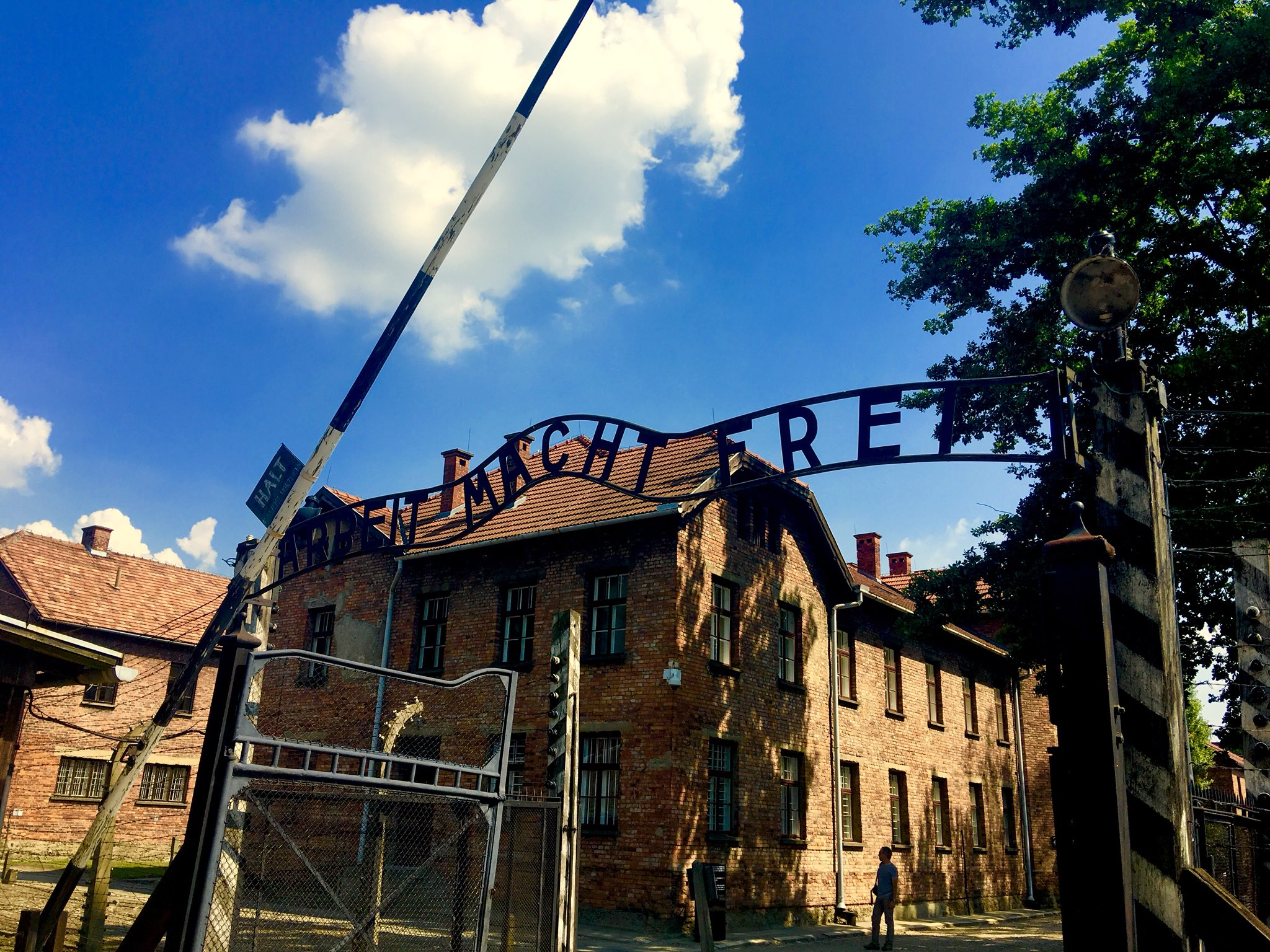 Odyssey Poland 2018, Gate of  Auschwitz I (the original concentration camp) operated by Nazi Germany in occupied Poland during World War II. https://t.co/oBhGYyfLum