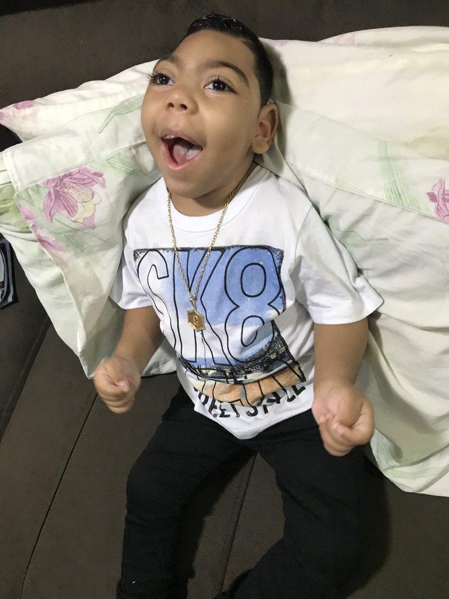 RT @Ketlen062: Sobre ontem, meu bebê foi todo lindão e feliz pra igreja 😍😍😇❤️🙏🏼 https://t.co/koAGUrNV4m