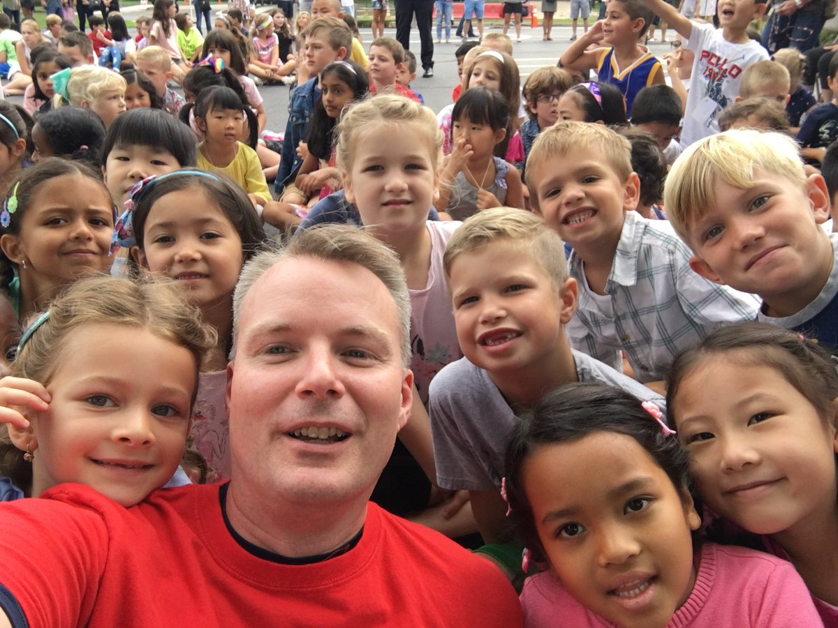 test Twitter Media - fun first day at wescott - great to meet so many new friends! #d30learns https://t.co/Uif8jzBrOt