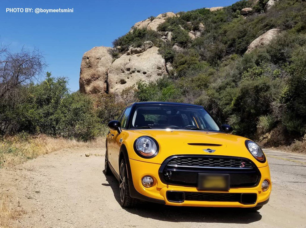 Make the summer last forever in the #MINIHardtop https://t.co/pI2n8bD47y