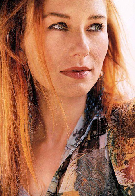 Tori Amos Myra Ellen Amos Birth 1963.8.22 ~ Happy Birthday