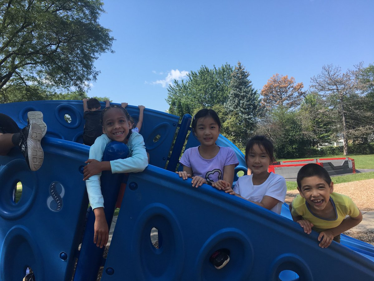 test Twitter Media - second graders at recess - what a beautiful day!  #d30learns https://t.co/Ugebpu6GZD