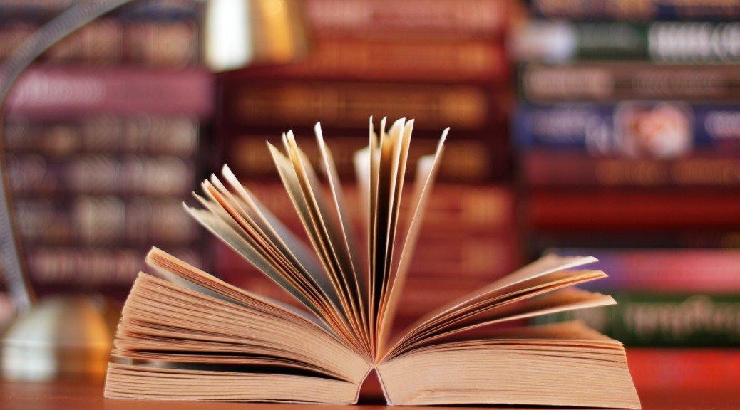 Kitap okuma oranında Avrupa sonuncusuymuşuz.  Kitapla poz verip resim çektirmekte ise Dünya birincisiyizdir bence. https://t.co/HZE8jEb0QV