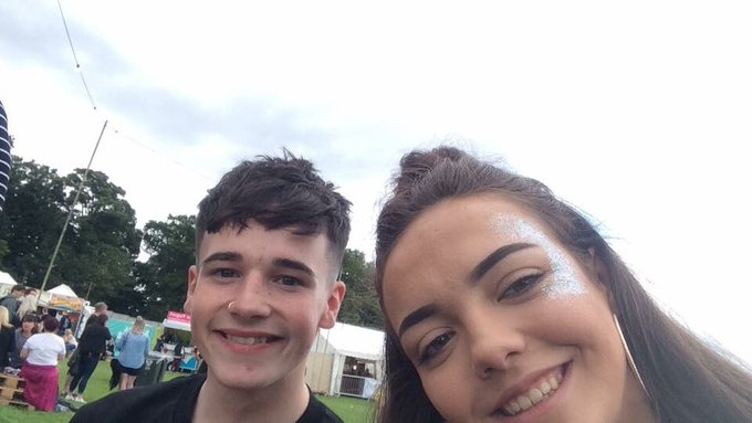 happy birthday courtney hope you have a great day ! only pic i could find x