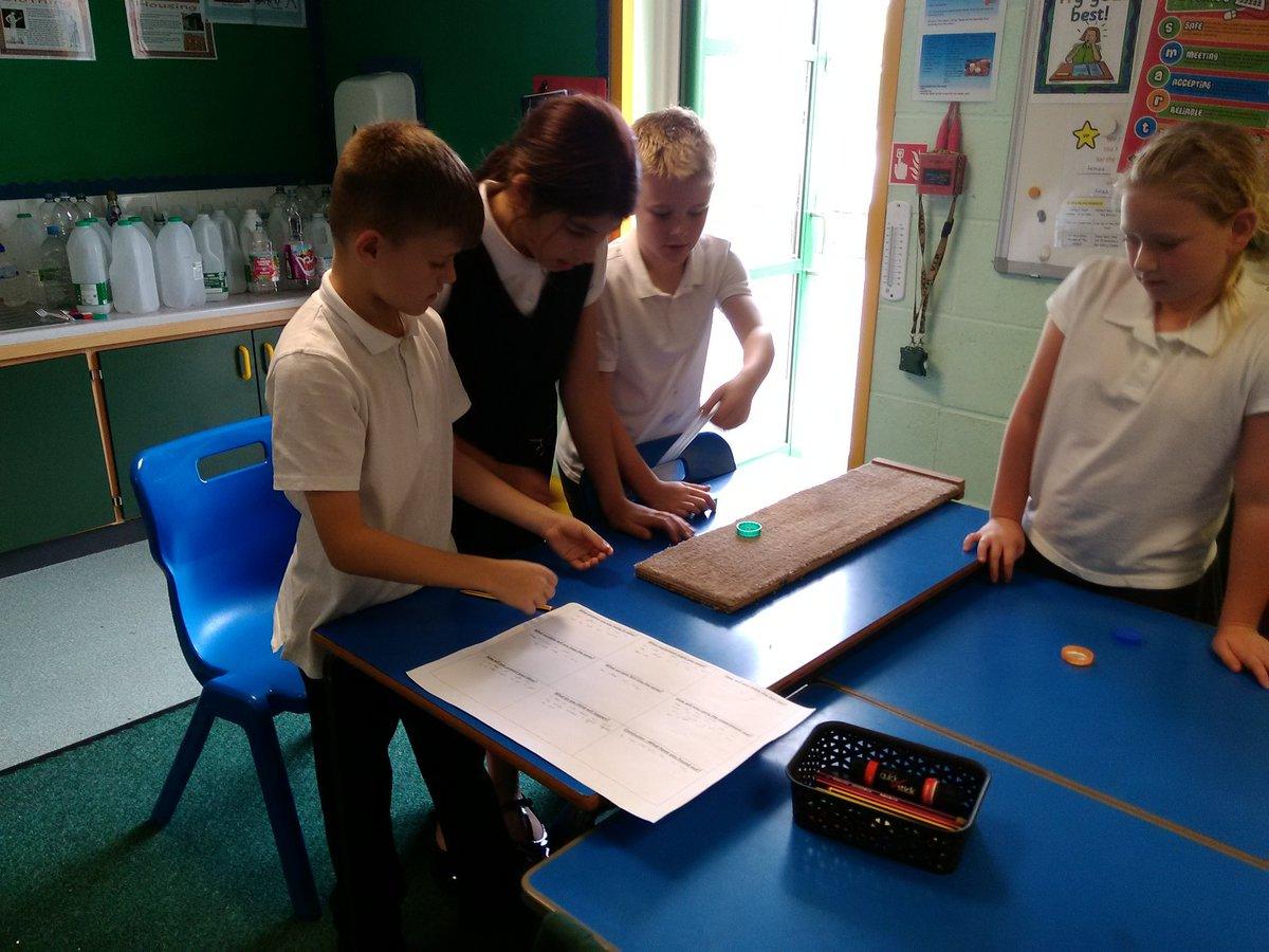 test Twitter Media - Year 5 have been predicting which material would slow down the movement of their 'puck'. https://t.co/J006XODqh1