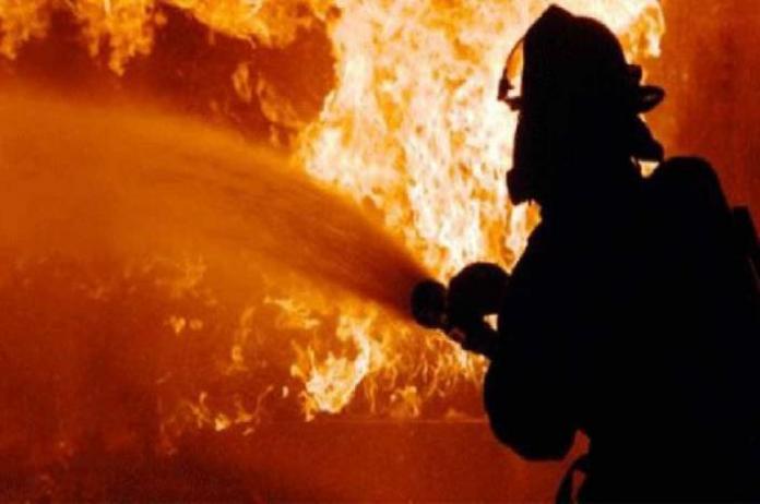 Kebakaran Hanguskan Pabrik Helm di Bogor https://t.co/tLmBmeRSEO https://t.co/TDEKHEtfu9