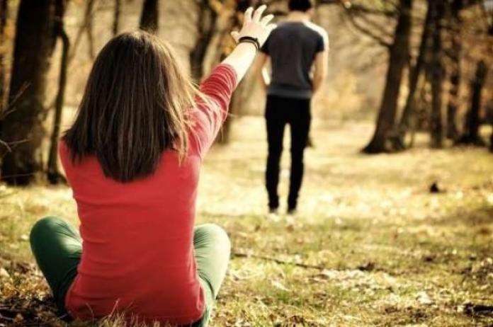 6 Tanda-tanda Si Dia Ingin Menyudahi Hubungan dengan Anda (Plus Tips Menghadapinya) https://t.co/g9kgiPSirO https://t.co/gKHITOVWOK