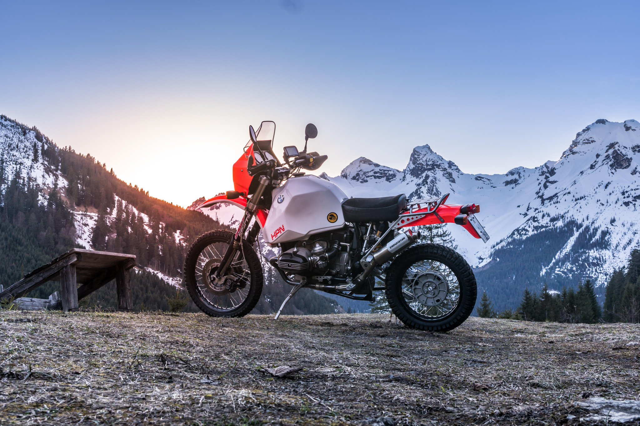 Just start the engine, everything goes on reset. You get a fresh, and a brand new adventure, every single time you start your #bmwmotorrad.  Who loves to ride in the fresh alpine air?  Thanks for taking us on the journey @Gravelscout_HPN https://t.co/i60jxo5qvC