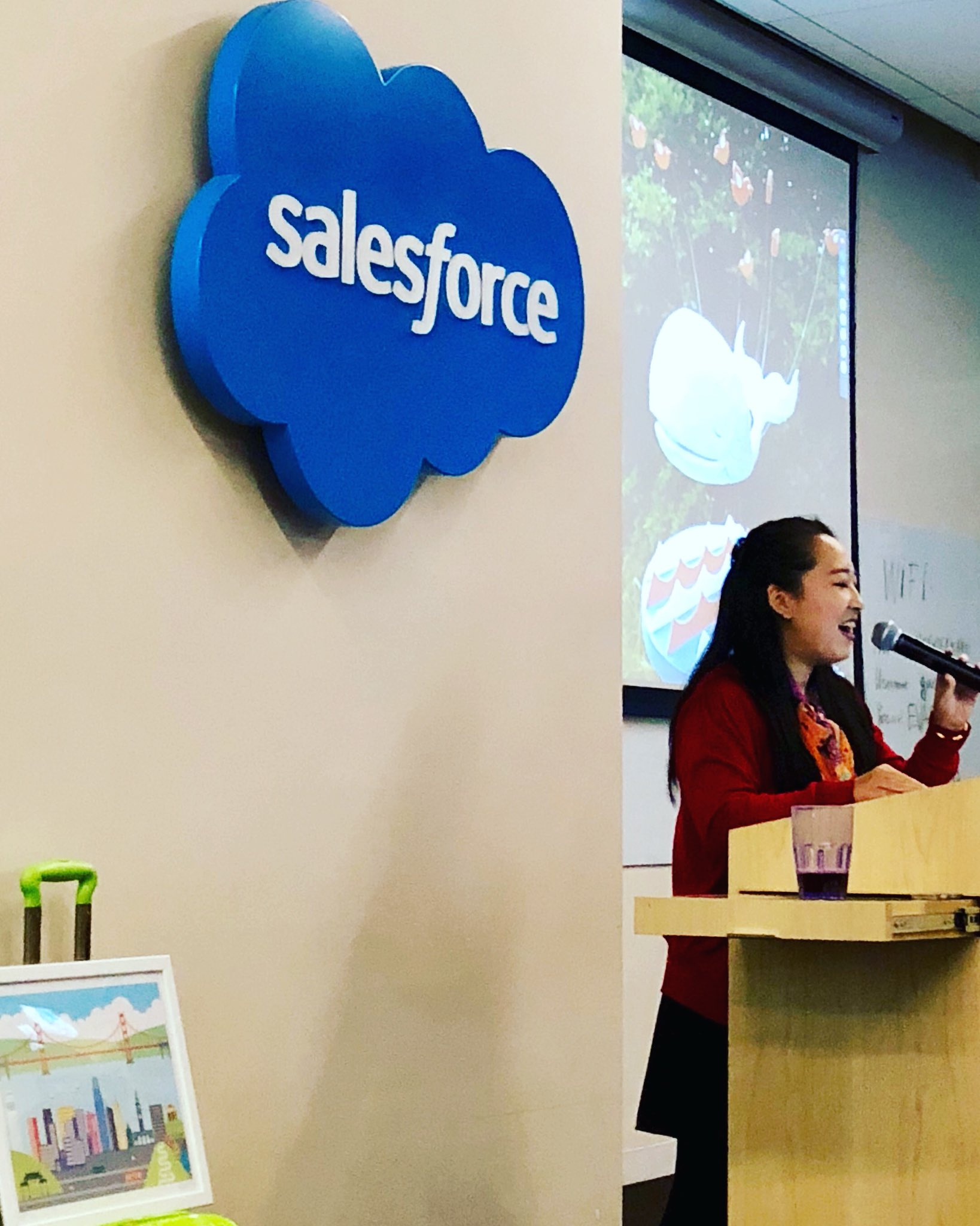 Thank you @salesforce 🙏 for hosting our extraordinary artist @yiyinglu for an inspiring art+tech talk on Designing Across Cultures as part of the #codame #cocreate program. #salesforce #sanfrancisco #nonprofit #giveback #art #tech https://t.co/USrzYsVX6h