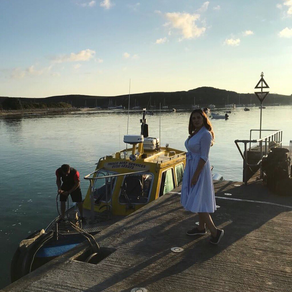 Catch me on @thismorning Today where I'll be taking you in a tour of the Isles of Scilly. Meeting the Locals ???????????? https://t.co/voYg7nKoGl