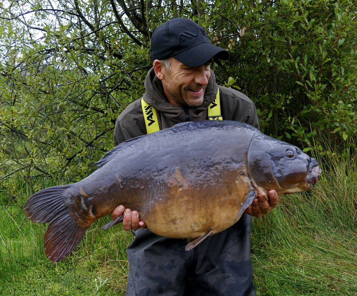 One of the most ancient-looking carp Iu<b>2019</b>ve ever held. Outline end tackle range and SLK ud8