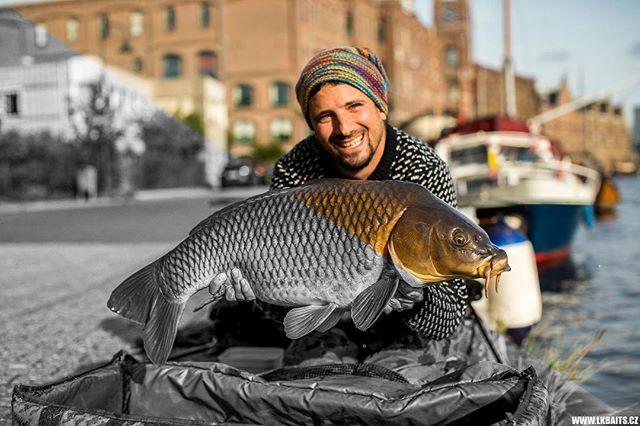 #urbanfishing @lukaskrasa #lkbaits #carpfishing#fishing#angling #karpfenangeln#angeln#rybolo