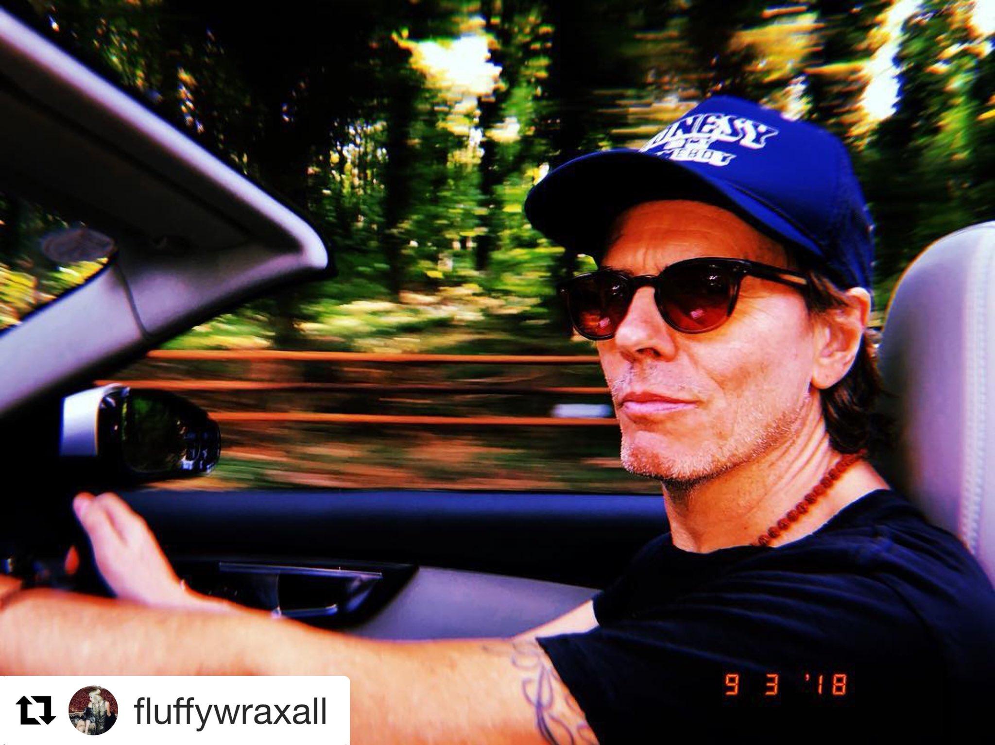 Thanks for the shot, Fluff!  ・・・ #fasterthanlight ☄️ #topdown #lastdaysofsummer https://t.co/iR6iADRUHf