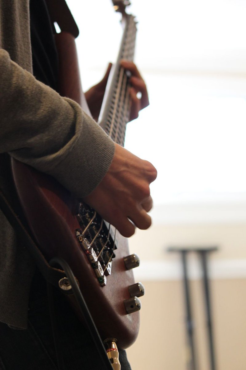 Who knows a bass player? We have a song that needs them to play on it. Info here: https://t.co/Aa8IgQu2V9 https://t.co/EWP8R1eC6M