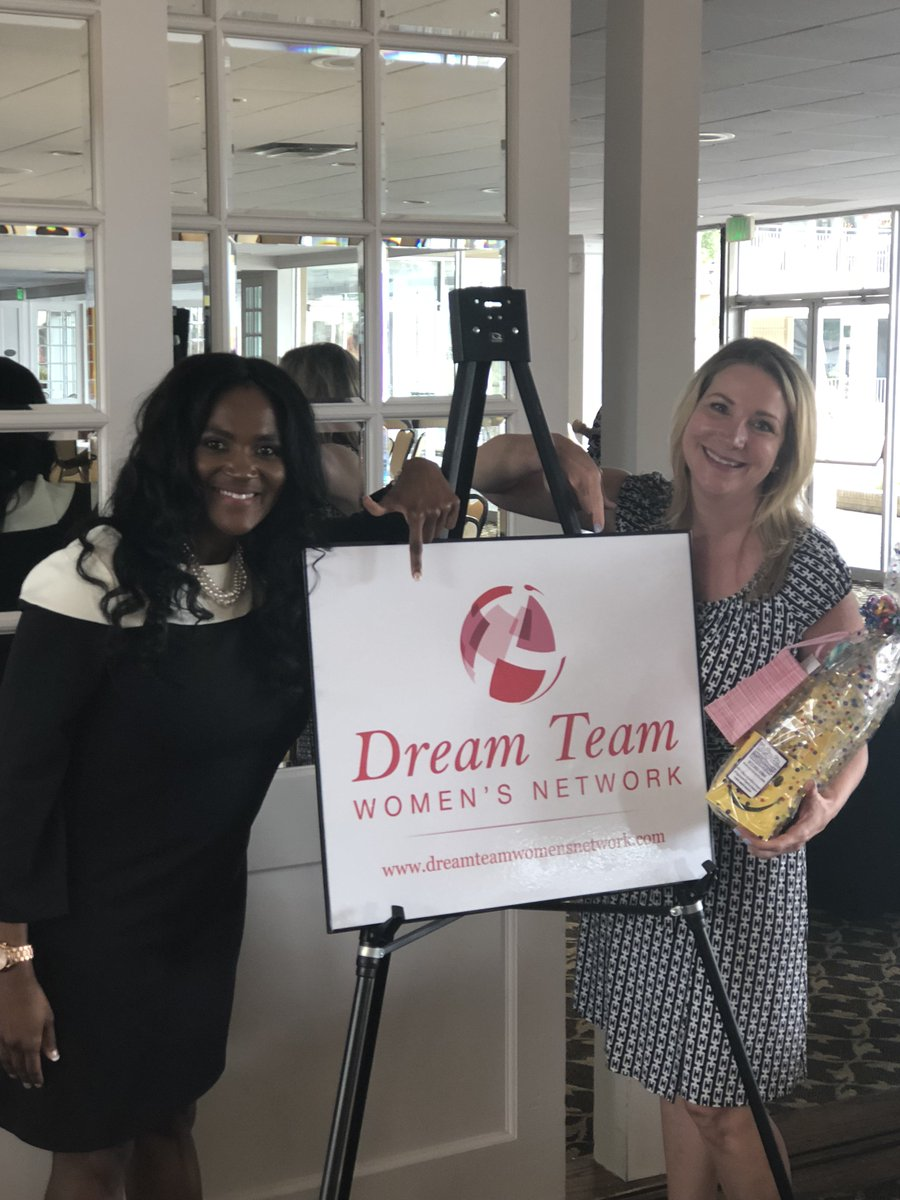 test Twitter Media - We received a generous donation from the Dream Team Women's Network today! They have been so supportive and generous over the last year. Together, we are building a network of women that will create a poverty-free Dallas. #EmpowerWomen https://t.co/i7TvtUEmF4