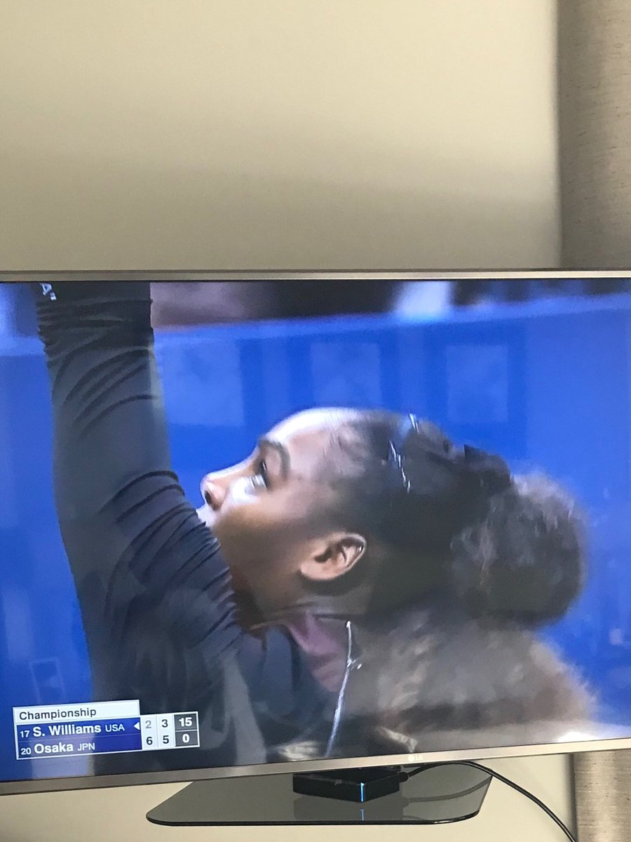 We love you ⁦⁦@serenawilliams⁩! Don't let it break you down keep fighting! https://t.co/aF0MsBrrFZ