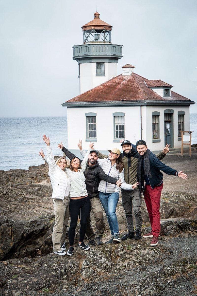 """Il ne reste plus que 75 orques. Ici, à San Juan (British-Columbia) les orques ont été déclarées """"En voie d'extinction"""". Et on ne peut pas, ne rien faire. On a décidé avec plusieurs créateurs de vidéos, d'unir nos forces. ET D'AGIR! Vous aussi rejoignez le mouvement! #WeAreTheOrca"""