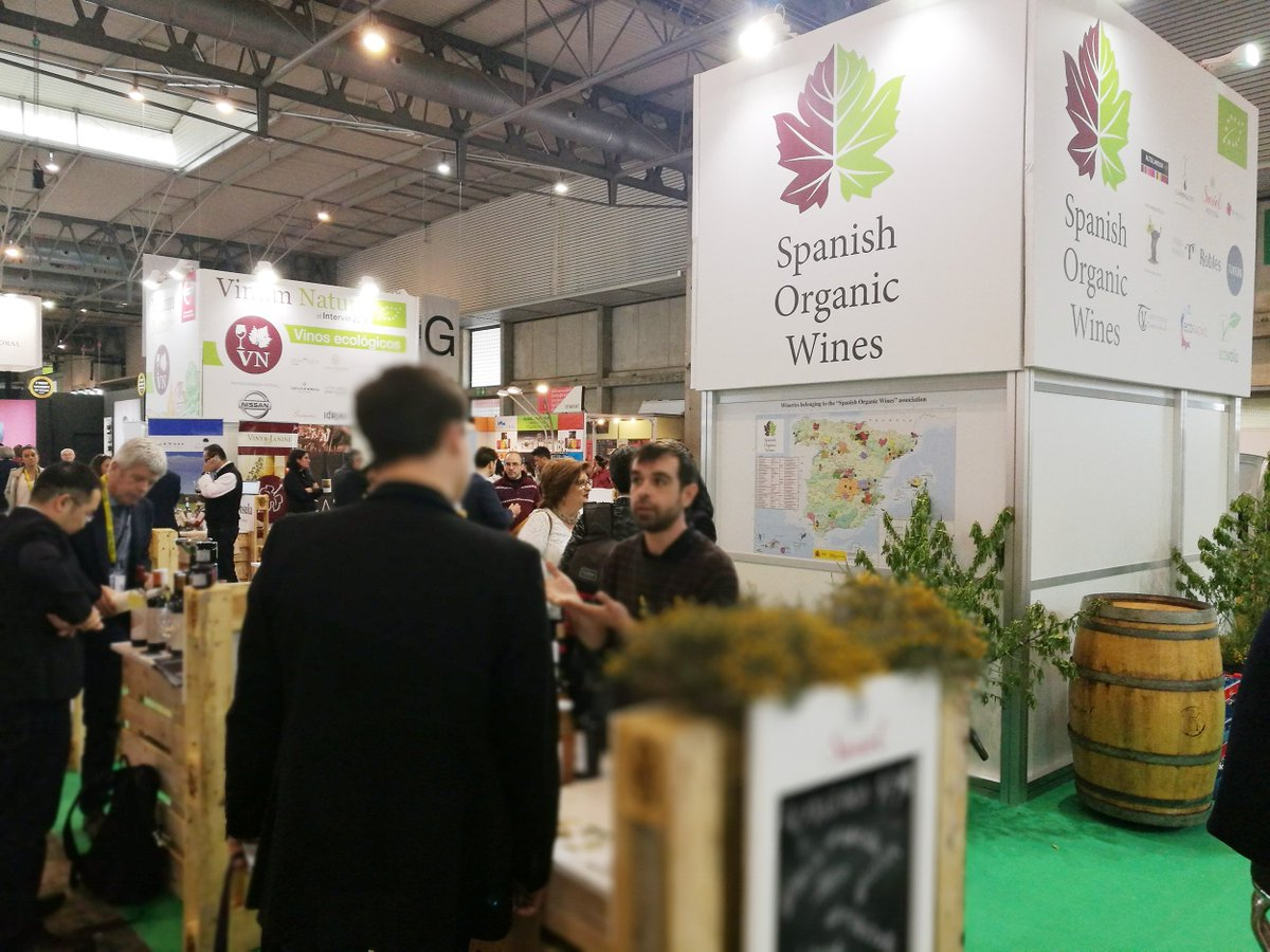 @VinumNature was the organic wine trade show at Intervin #Alimentaria2018 #eco #organic #wine #natural https://t.co/32RXOYpWrE