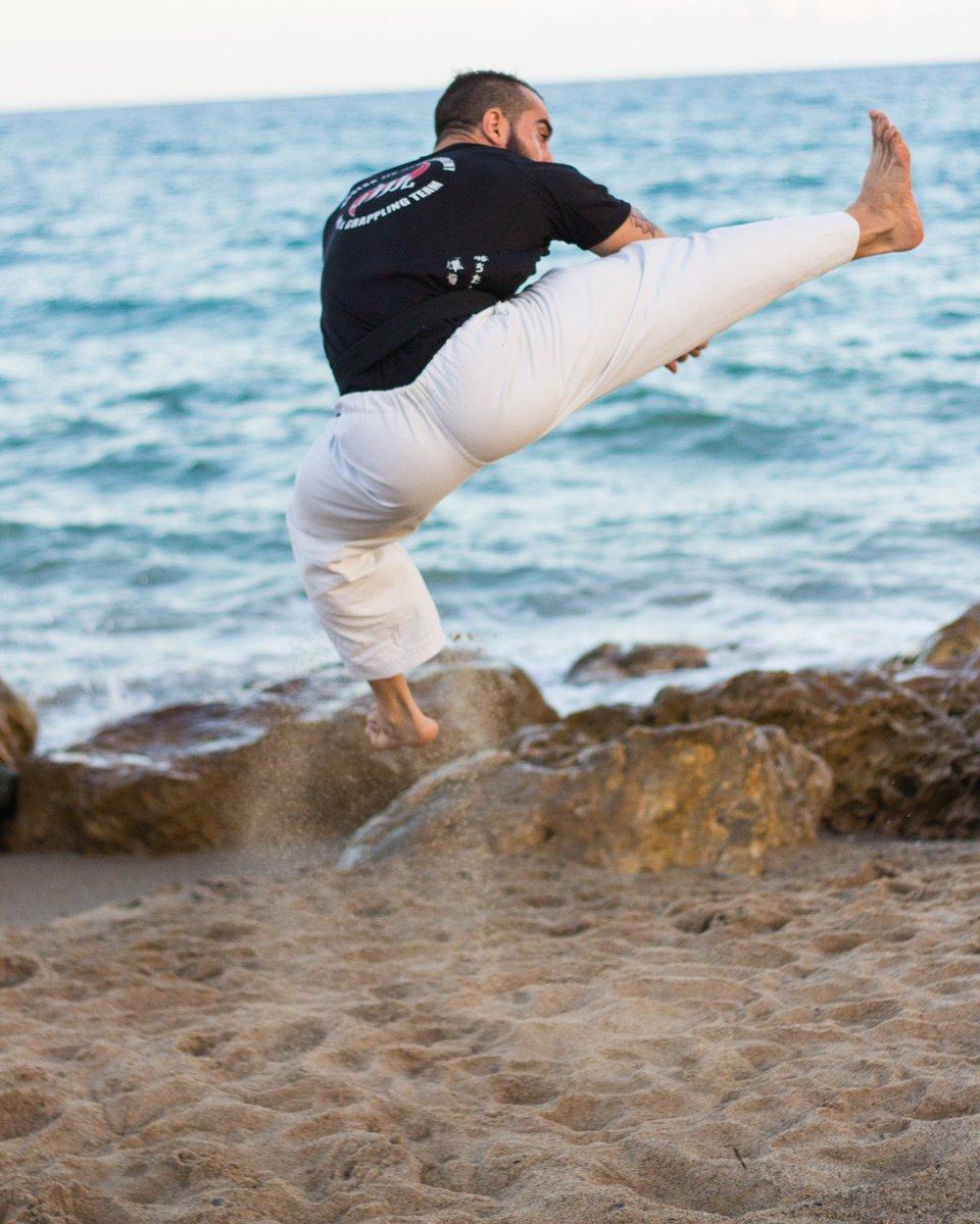 #karate #martialarts #training #fitness #life 8z8kIb0FxO
