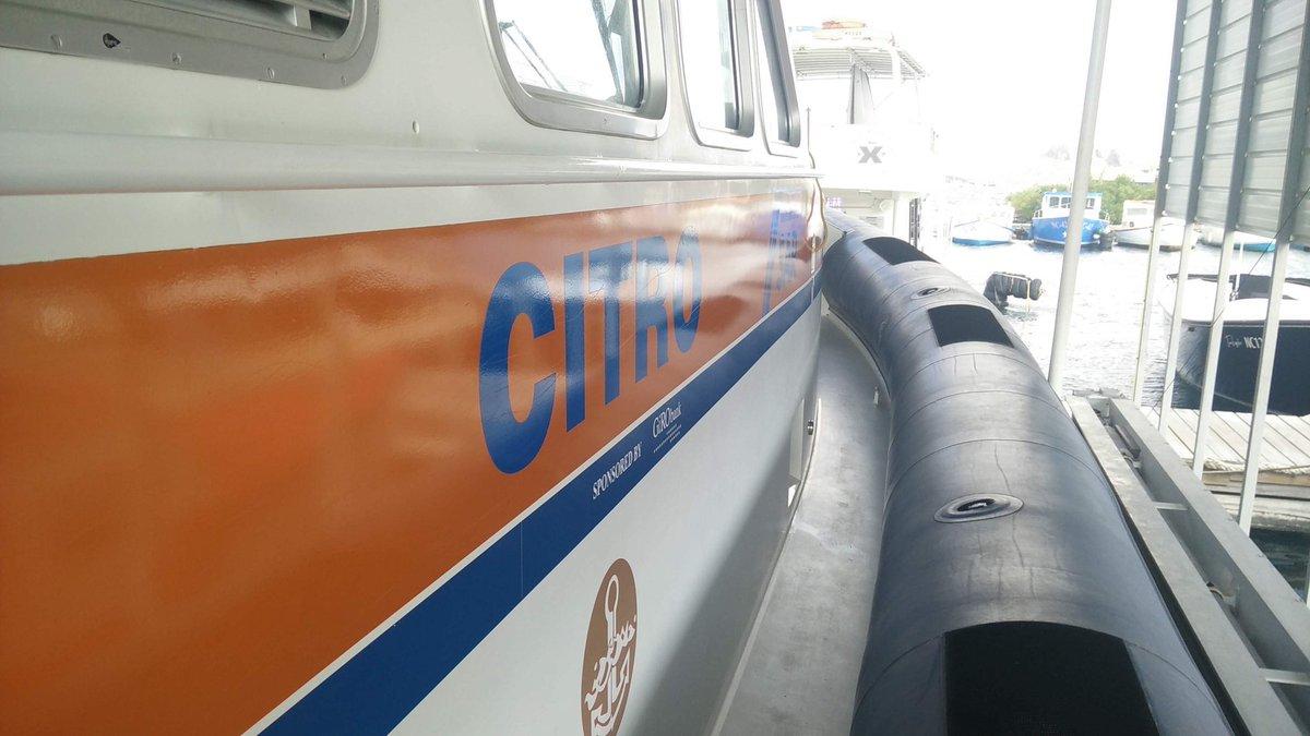 """test Twitter Media - Bezoek aan Citro, de @KNRM van Curacao. Indrukkend staaltje """"proud ownership"""" op hun vaartuigen mogen aanschouwen. De @VolvoPentaNA motor is al op leeftijd, maar oogd als nieuw! #techniek https://t.co/n1kELCpsSM"""