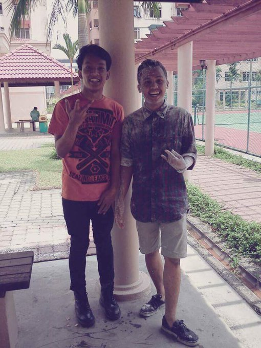 Happy birthday my man. God bless you.  Ni gamba kita 5 tahun lepas bestfriend_Yelawolf ft. Eminem