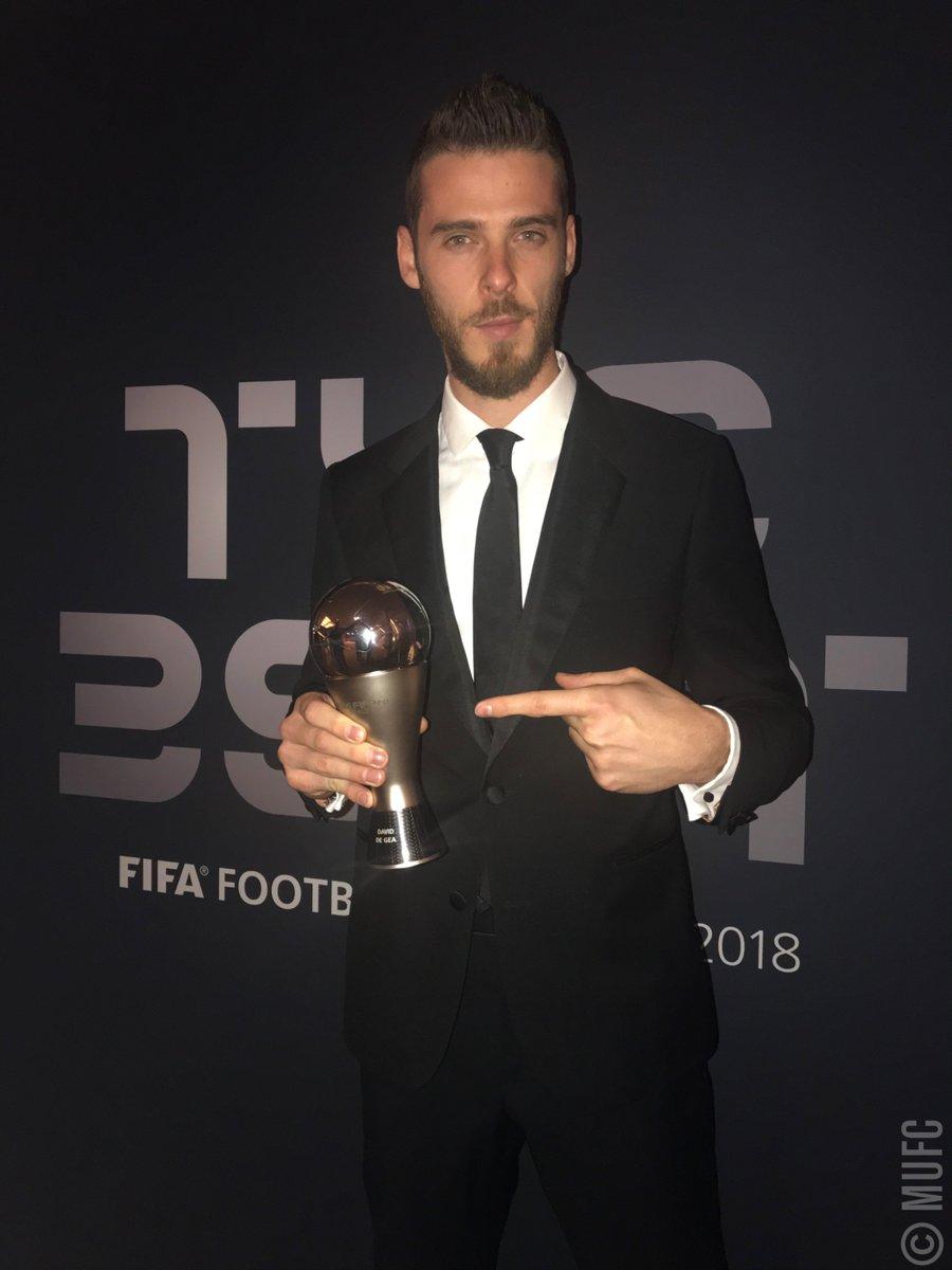 %23FIFAFootballAwards