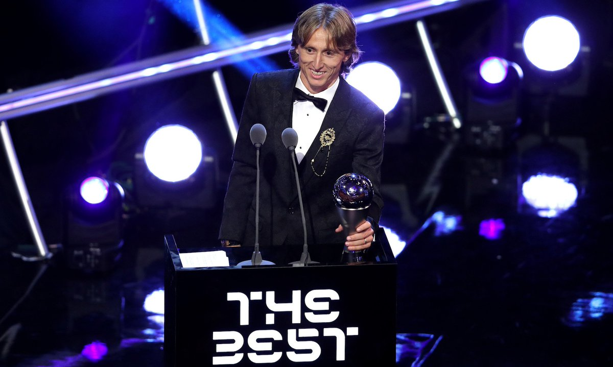 "test Twitter Media - Luka Modrić wins FIFA's dumb little ""The Best"" award: https://t.co/H7vu5cHx0e https://t.co/LNihlaWt04"