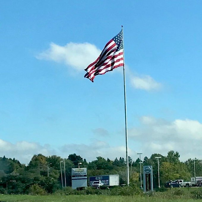 Tall #Flagpoles Big #USFlags mark the spot. Beautiful, full of energy, mark the spot. https://t.co/dw7SCBhldV https://t.co/D0H6mwPT19