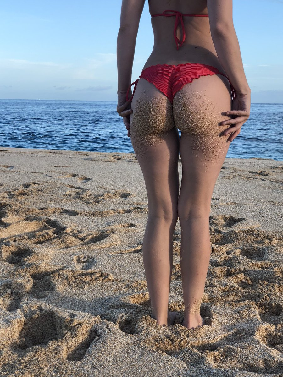 My beach bum 🏝🍑 V3gPMQLEE2