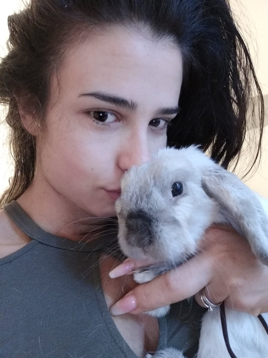 Good morning 🐰🐇❤ #bunny #love #goodmorning #selfie #nomakeup 0ZSPDy3qml