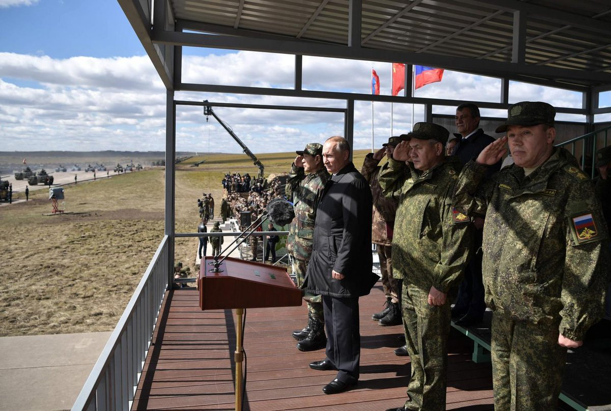 """Putin declares Russia a """"peace-loving country"""" during biggest war game in decades"""