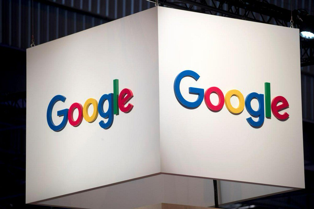Google's China plan spurs inquiry from U.S. lawmakers, staff departures