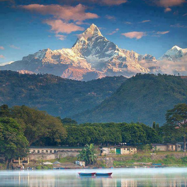 RT @NepalInPix: Machhapuchhre Himal, Pokhara #Nepal https://t.co/FKy85u4SJU