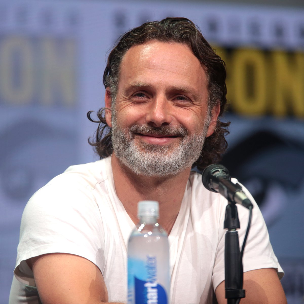 Happy Birthday to the incomparable Andrew Lincoln!!!